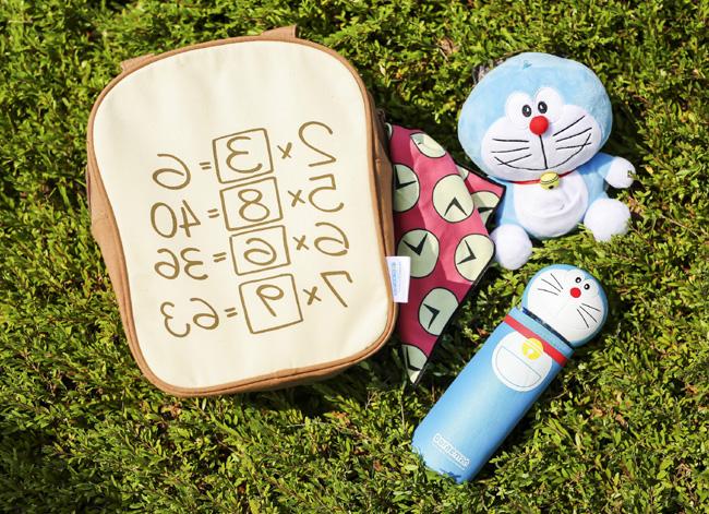 「記憶麵包保溫袋」、「多啦A夢別注水樽連保溫套」及「多啦A夢公仔毛巾套連時間布小手巾」