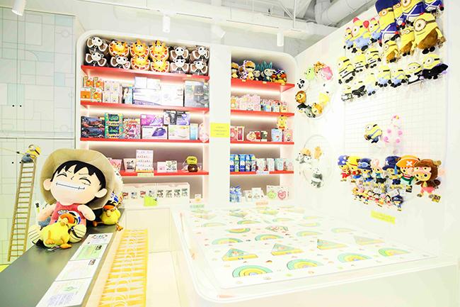 港首間「GANAWAWA」旗艦店已開幕,店內設有掟彩虹區及精品零售區,為顧客帶來休閒娛樂體驗