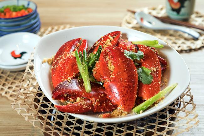 避風塘炒龍蝦鉗 Typhoon shelter fried Boston lobster