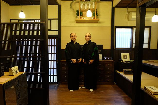 掌舵人兼紋章上繪師波戶場 承龍(Shoryu Hatoba)及他的兒子波戶場 耀次(Yohji Hatoba)更會現身利奧坊。