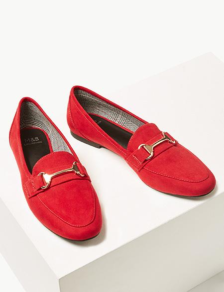 綴金屬扣麂皮平底鞋 $399