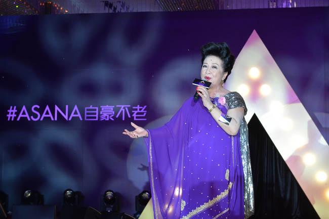 09_薛家燕唱出憑著愛及念親恩表揚母愛偉大