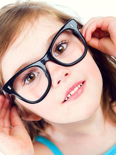 嬰幼兒斜視的原因及症狀