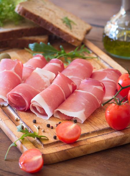 53048004 - sandwich with prosciutto