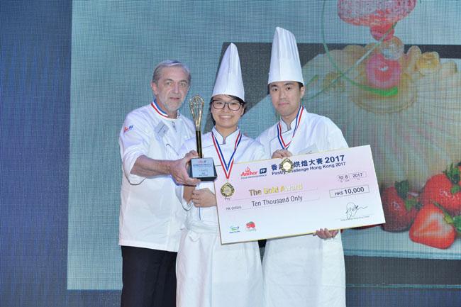 5_最傑出金獎Gold Award_彭少如和葉標(唯港薈)