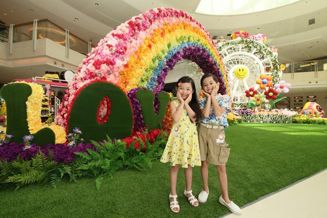 ELEMENTS圓方把繽紛的花兒變得更立體,為顧客帶來一段創意夢幻的繁花之旅!(1)