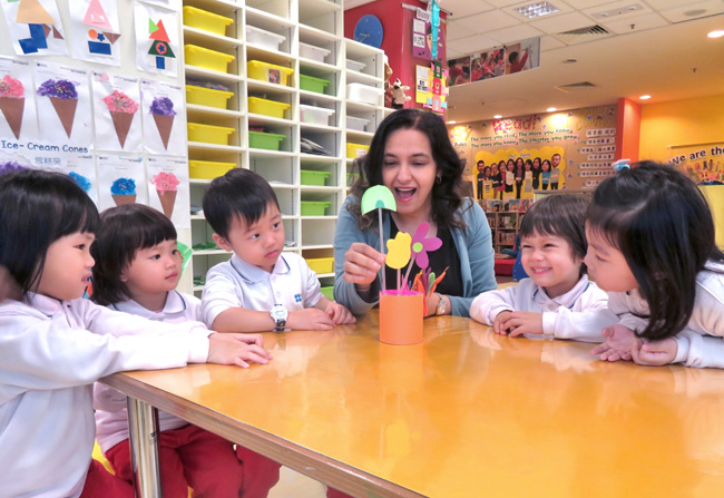 Jasmina_.Wadhwan_Head_of_British_Council_International_Pre-School_students