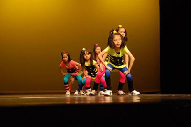 K- Pop Dancing Kids