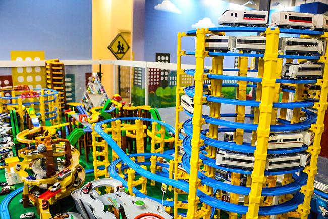 TOMICA巨型城市場景模型 (1)
