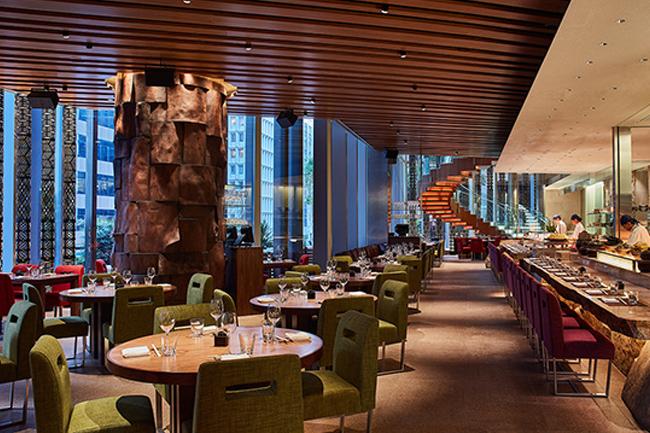 Zuma Hong Kong推出期間限定露天庭園酒吧及白松露美饌