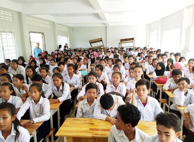 SAC及KHEMARA CAMBODIA的愛與關顧學校計劃