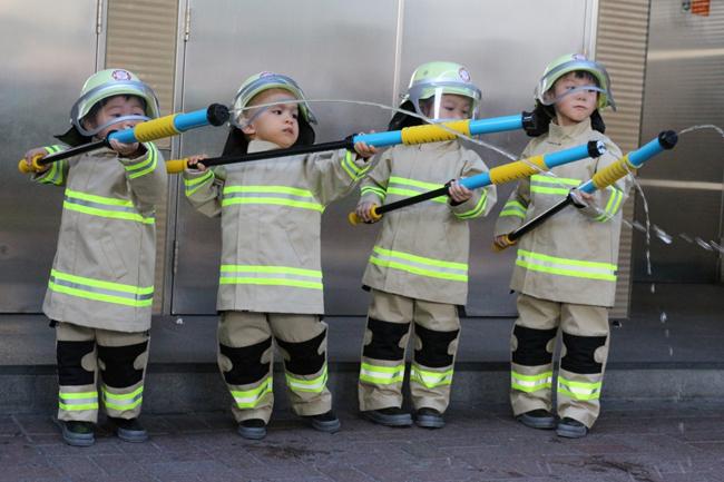 junior fireman 03